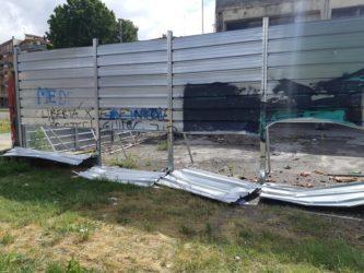 FOTO | VIDEO | A Bologna blitz vandalico all'ex Xm24, danni per migliaia di euro